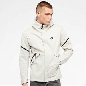 Nike Tech Fleece Windrunner Repel Hooded Lt Bone